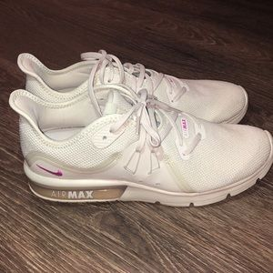 Women's Nike Air Max Sequent 3